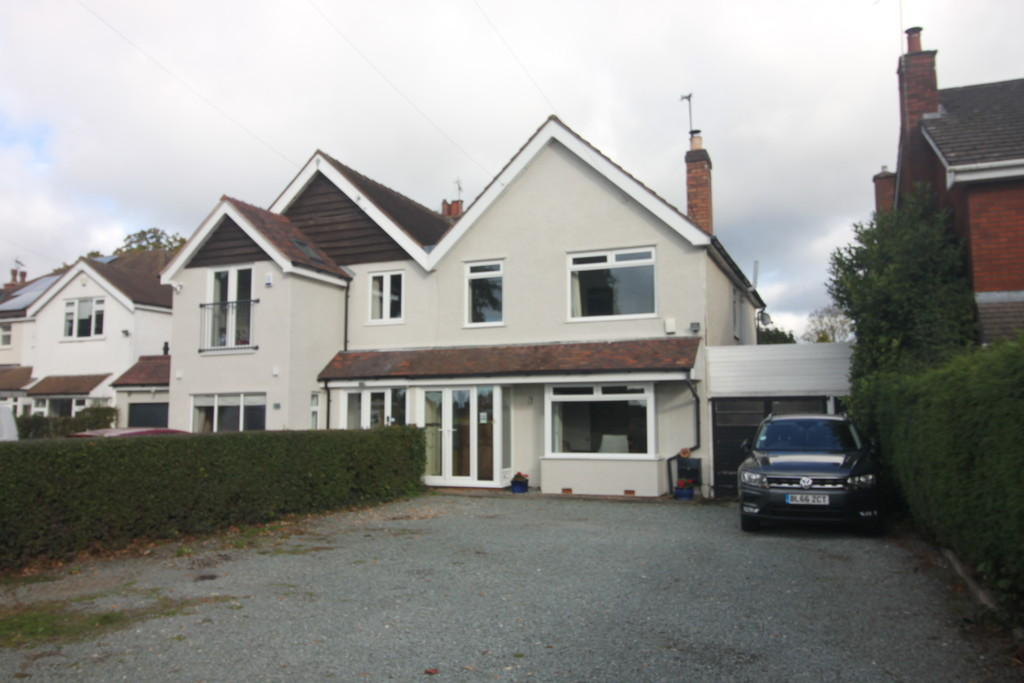 Image 16/19 of property Norton Lane, Earlswood, Solihull, B94 5LP