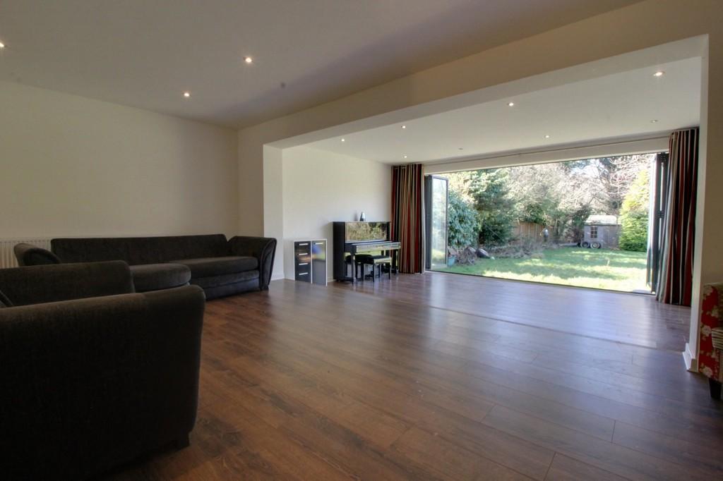 Image 7/13 of property Gillhurst Road, Harborne, B17 8PH