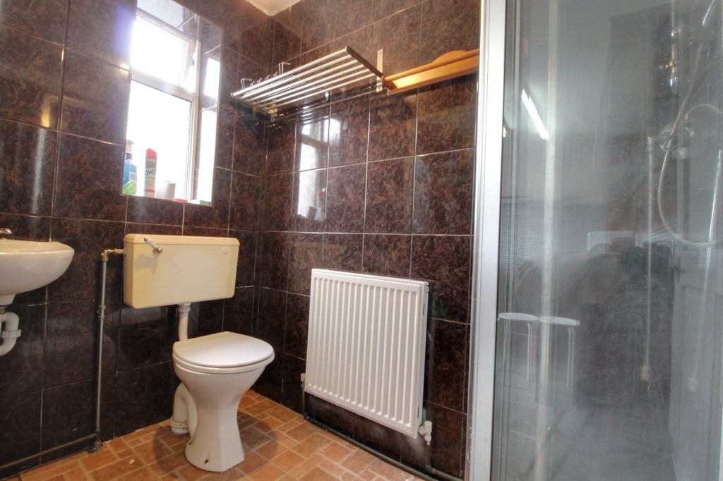 Image 13/14 of property Willow Avenue, Birmingham, B17 8HH