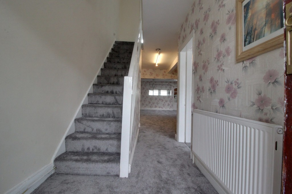 Image 11/14 of property Willow Avenue, Birmingham, B17 8HH