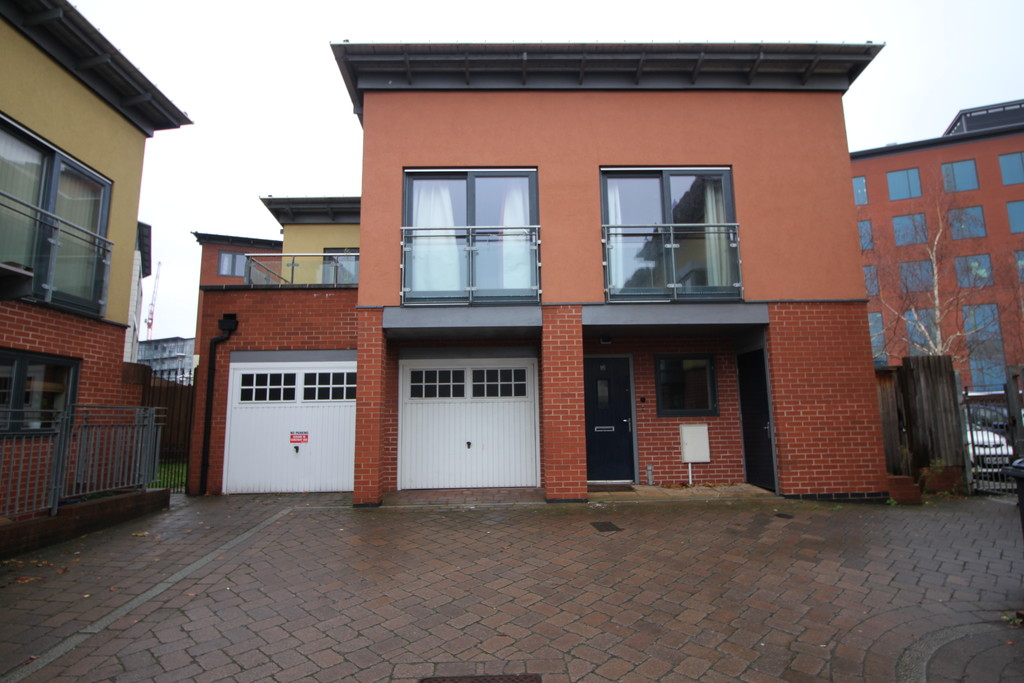 Image 1/6 of property Midford Grove, Park Central, Birmingham, B15 2DT