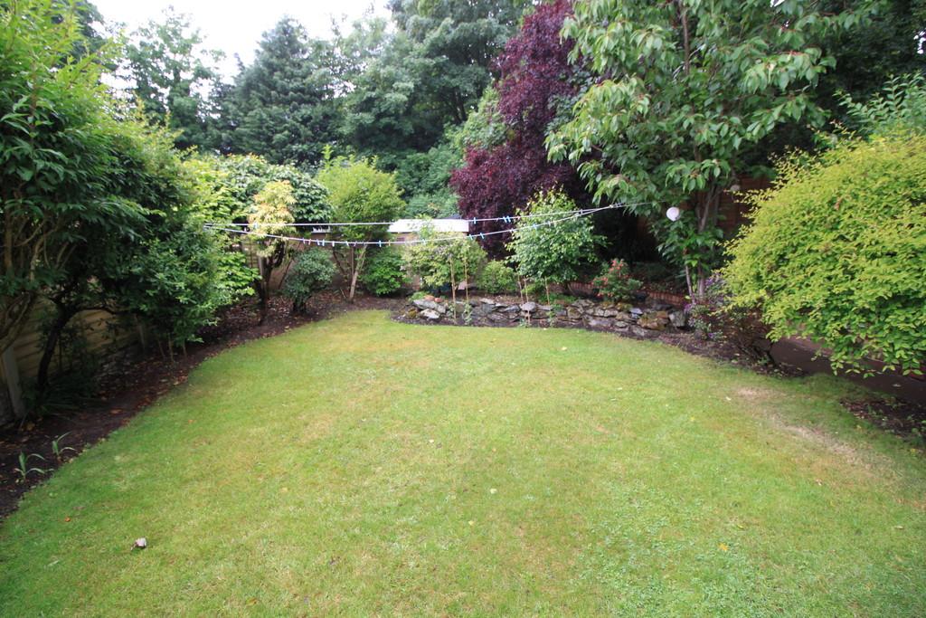 Image 14/14 of property Gilchrist Drive, Edgbaston, B15 3NG