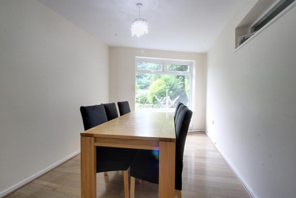 Image 12/14 of property Gilchrist Drive, Edgbaston, B15 3NG
