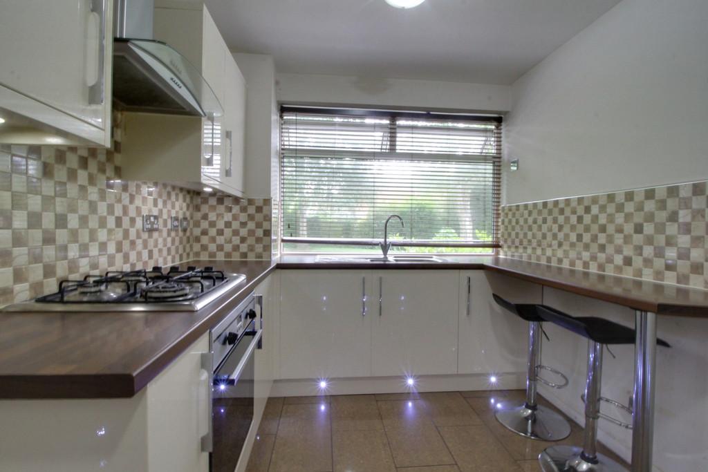 Image 10/14 of property Gilchrist Drive, Edgbaston, B15 3NG