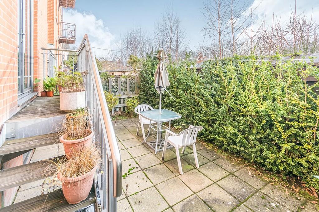 Image 2/10 of property St James Place, George Road, Edgbaston, B15 1PQ