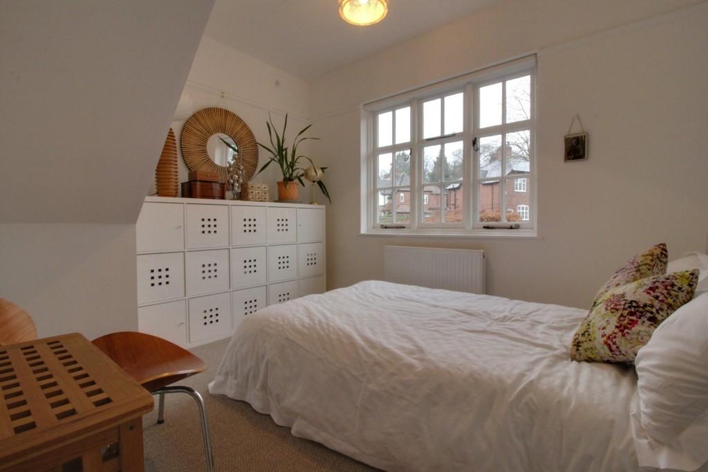 Image 9/17 of property Carless Avenue, Harborne, B17 9EL