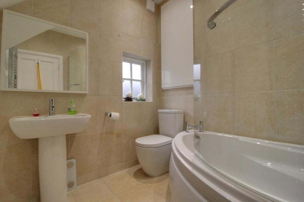 Image 10/17 of property Carless Avenue, Harborne, B17 9EL