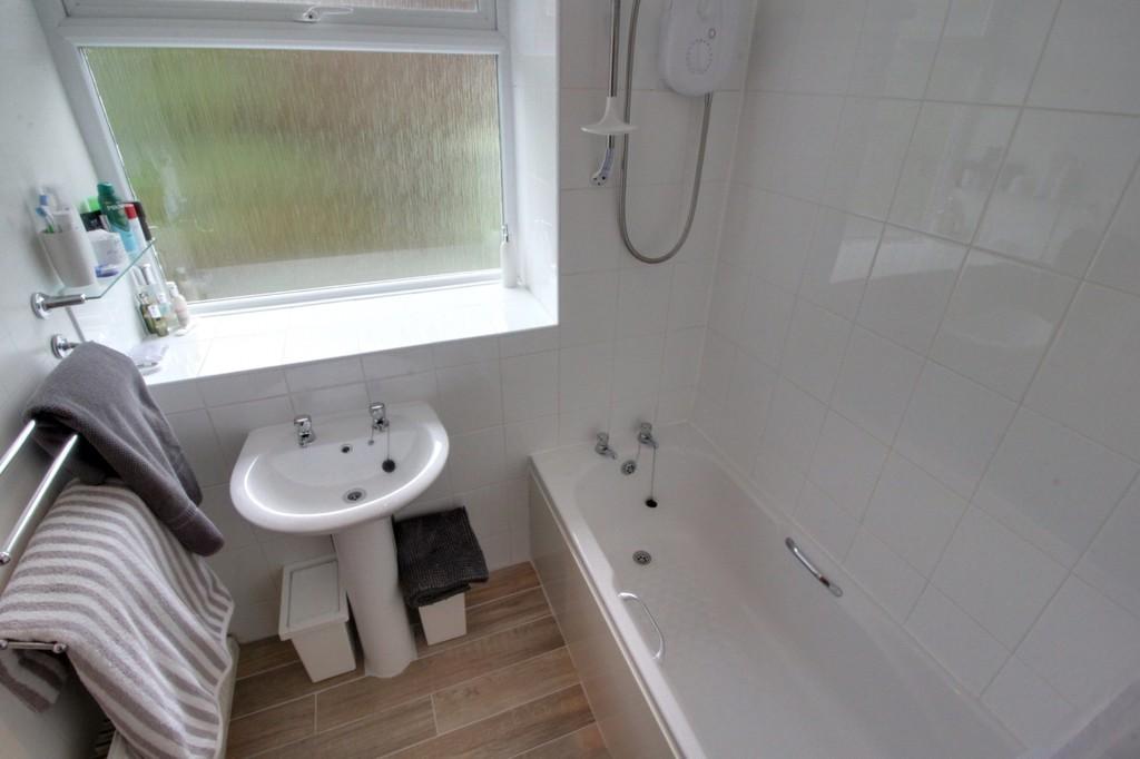 Image 9/10 of property Niall Close, Edgbaston, B15 3LX