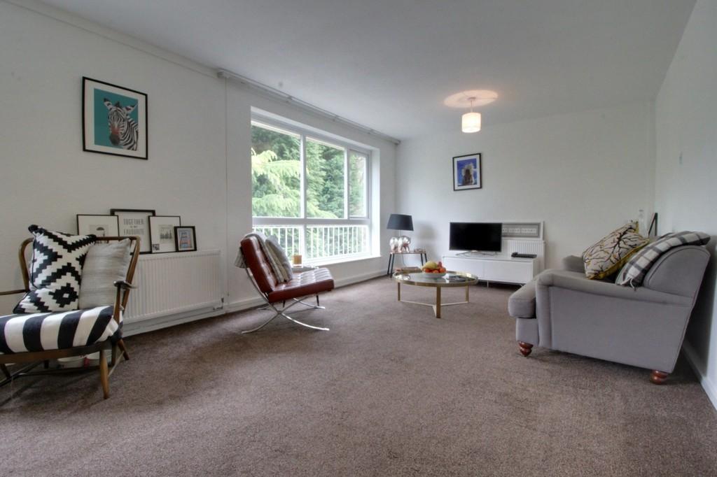 Image 4/10 of property Niall Close, Edgbaston, B15 3LX