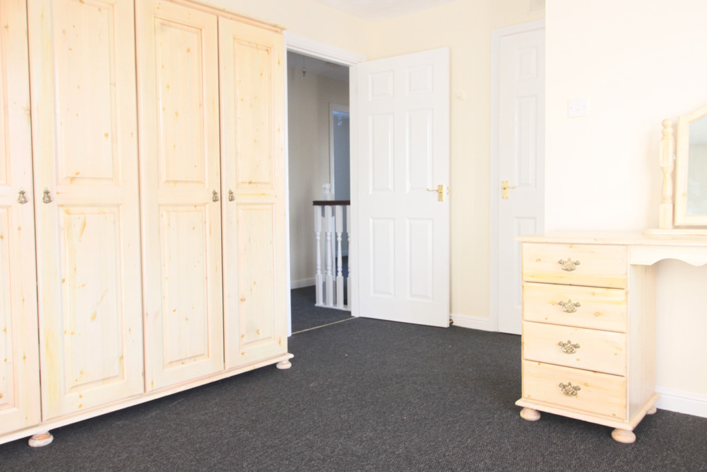 Image 6/9 of property Bishops Meadow, Sutton Coldfield, B75 5PQ
