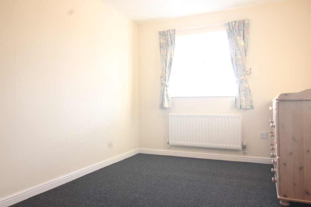 Image 8/9 of property Bishops Meadow, Sutton Coldfield, B75 5PQ