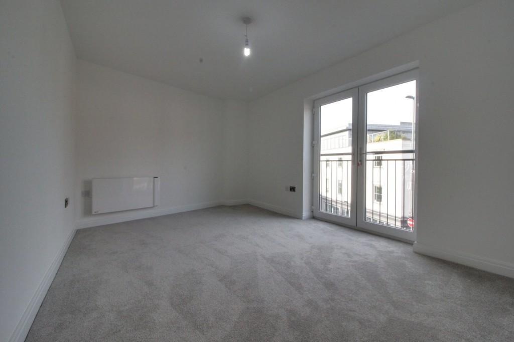 Image 5/8 of property 356 High Street, Harborne, B17 9PU
