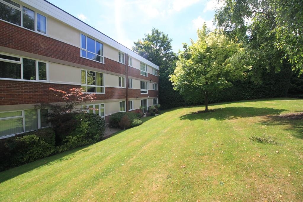 Image 10/10 of property 8 Oak Hill Drive, Edgbaston, B15 3UG