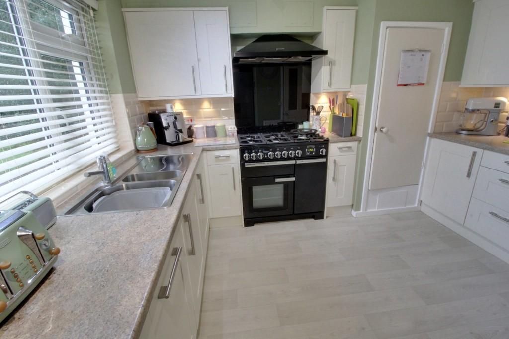 Image 5/10 of property 8 Oak Hill Drive, Edgbaston, B15 3UG