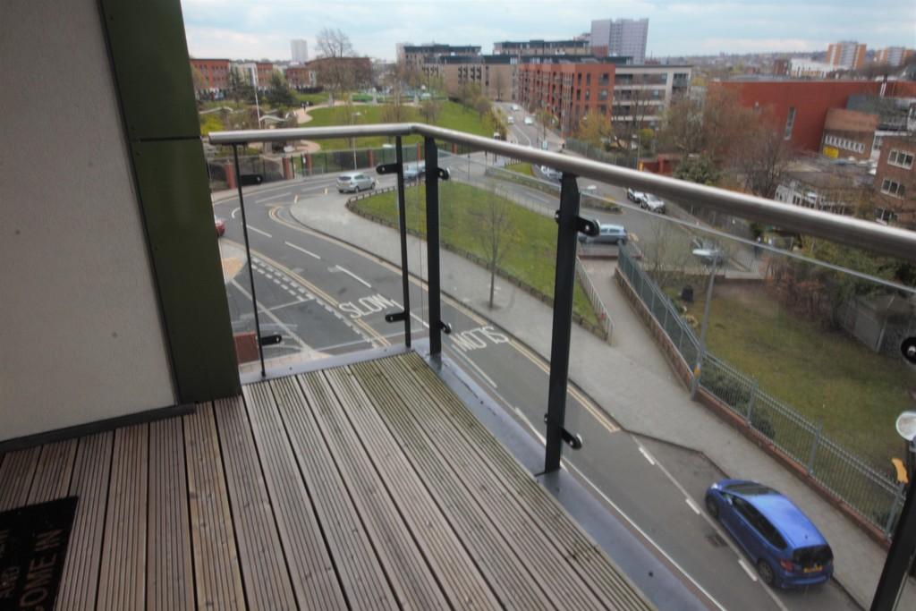 Image 4/11 of property Bell Barn Road, Park Central, Birmingham City Centre, B15 2GL