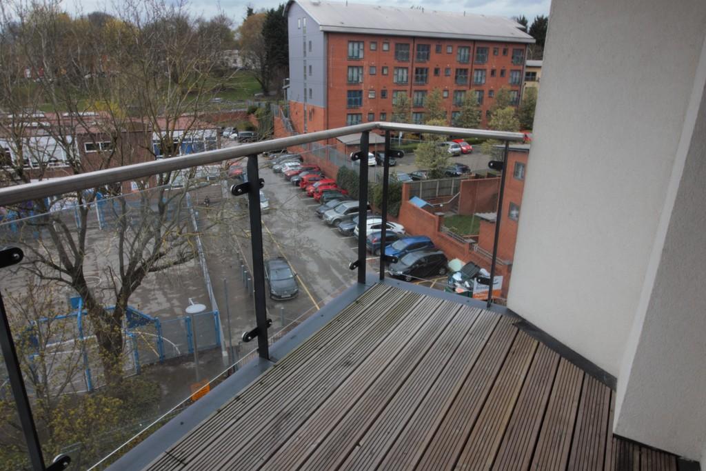 Image 10/11 of property Bell Barn Road, Park Central, Birmingham City Centre, B15 2GL