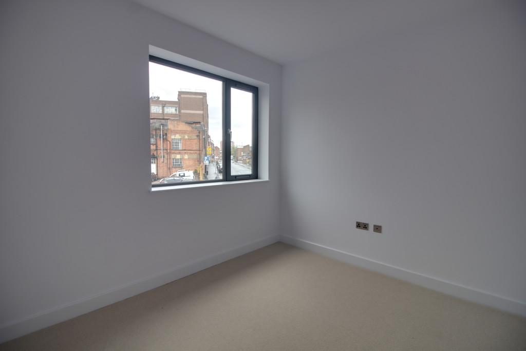 Image 5/6 of property Summer Lane, Birmingham, B19 3SA