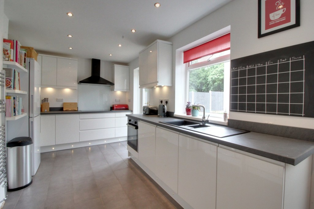 Image 2/10 of property Arkwright Road, Quinton, B32 1LR