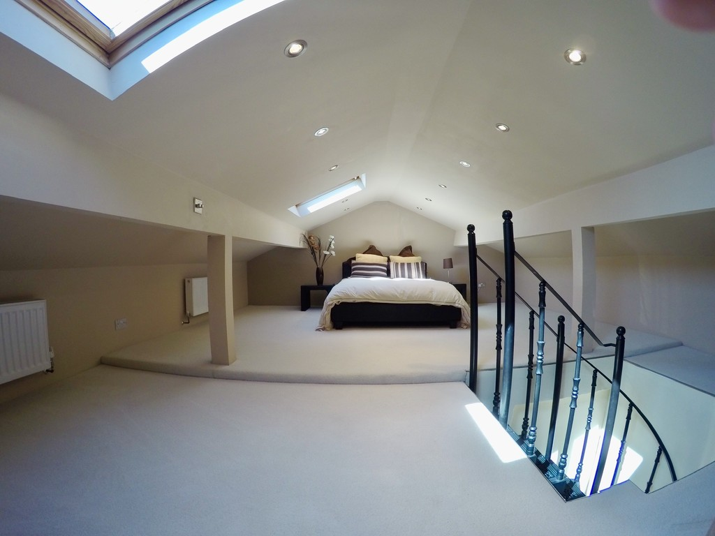 Image 14/16 of property Billesley Lane, Alvechurch, Birmingham, B48 7HE