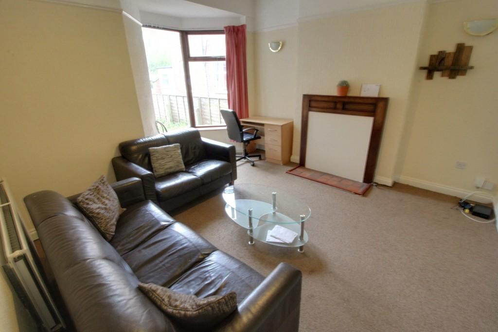 Image 5/12 of property Poplar Avenue, Edgbaston, B17 8ER
