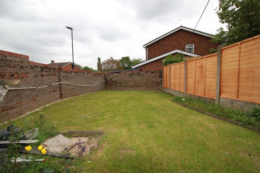 Image 12/13 of property Dunnigan Road, Birmingham, B32 3XJ