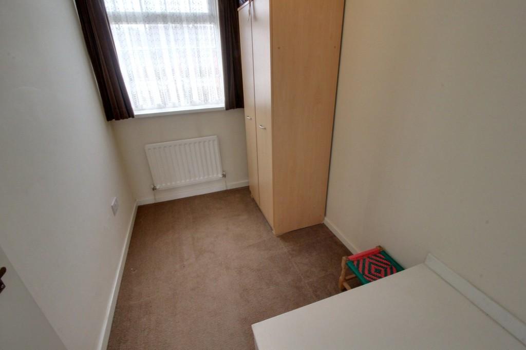 Image 8/13 of property Dunnigan Road, Birmingham, B32 3XJ
