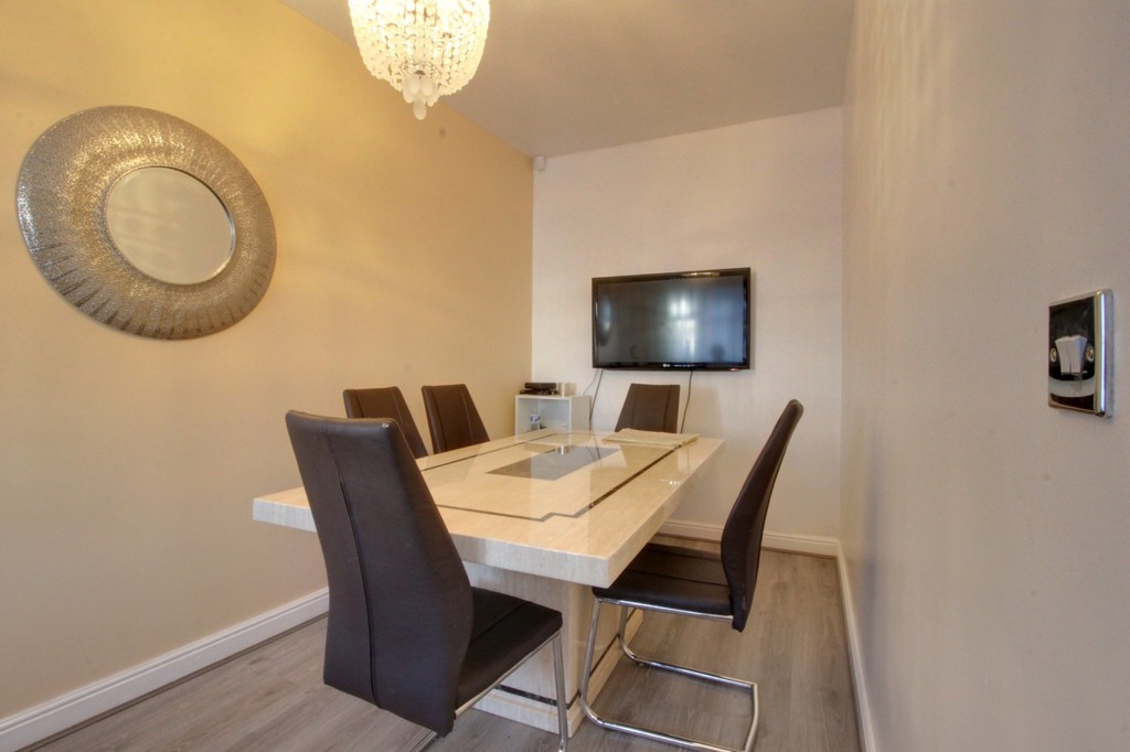 Image 11/14 of property Wheatsheaf Road, Edgbaston, B16 0RY