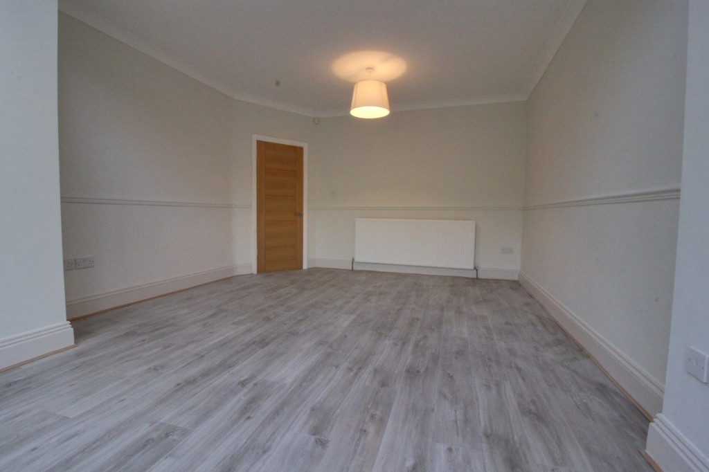 Image 12/17 of property Wheats Avenue, Harborne, B17 0RJ