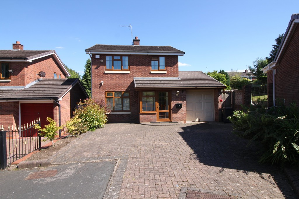 Image 1/7 of property Camino Road, Harborne, B32 3XE