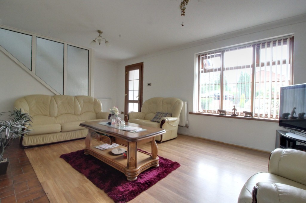 Image 2/7 of property Camino Road, Harborne, B32 3XE