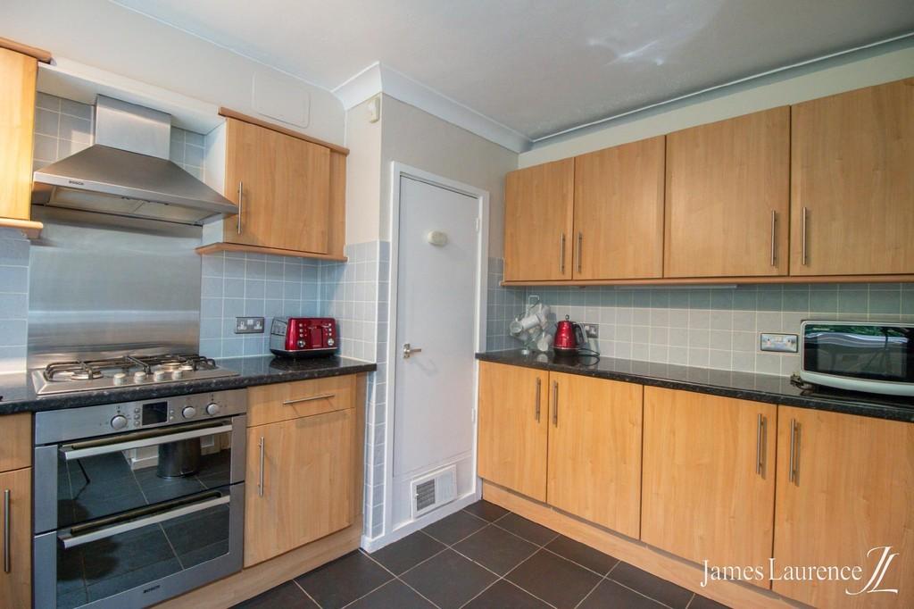 Image 9/12 of property Niall Close, Edgbaston, B15 3LX