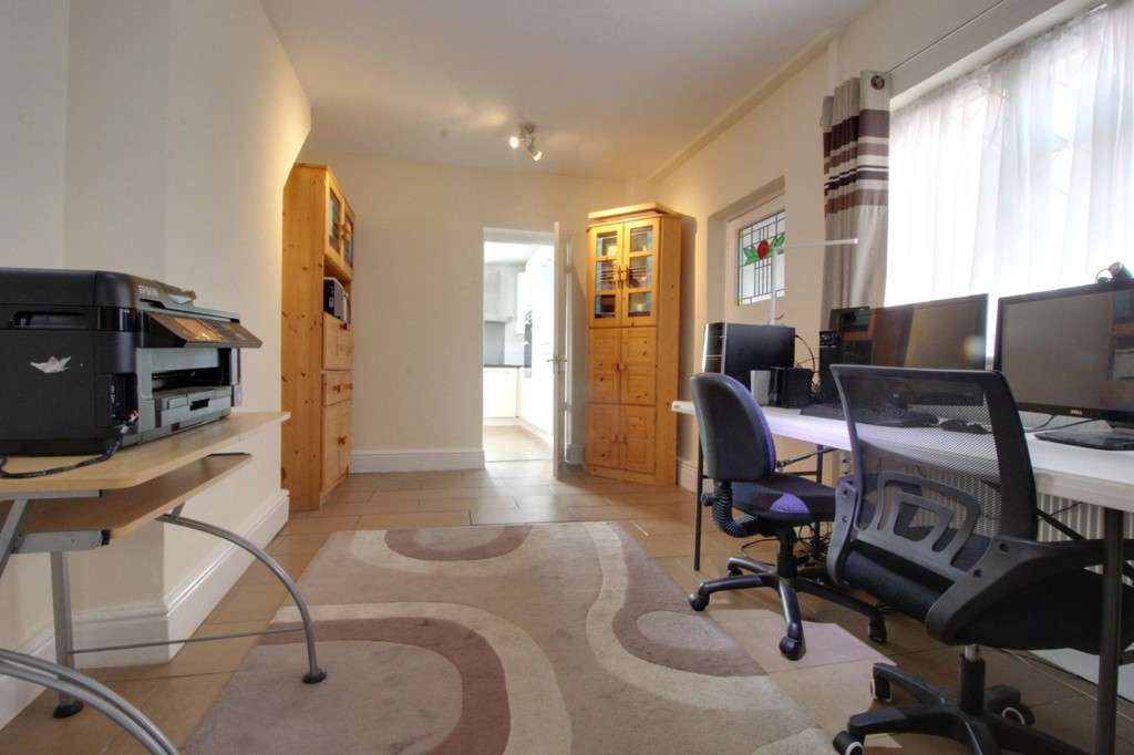 Image 16/21 of property Vicarage Road, Harborne, B17 0SR