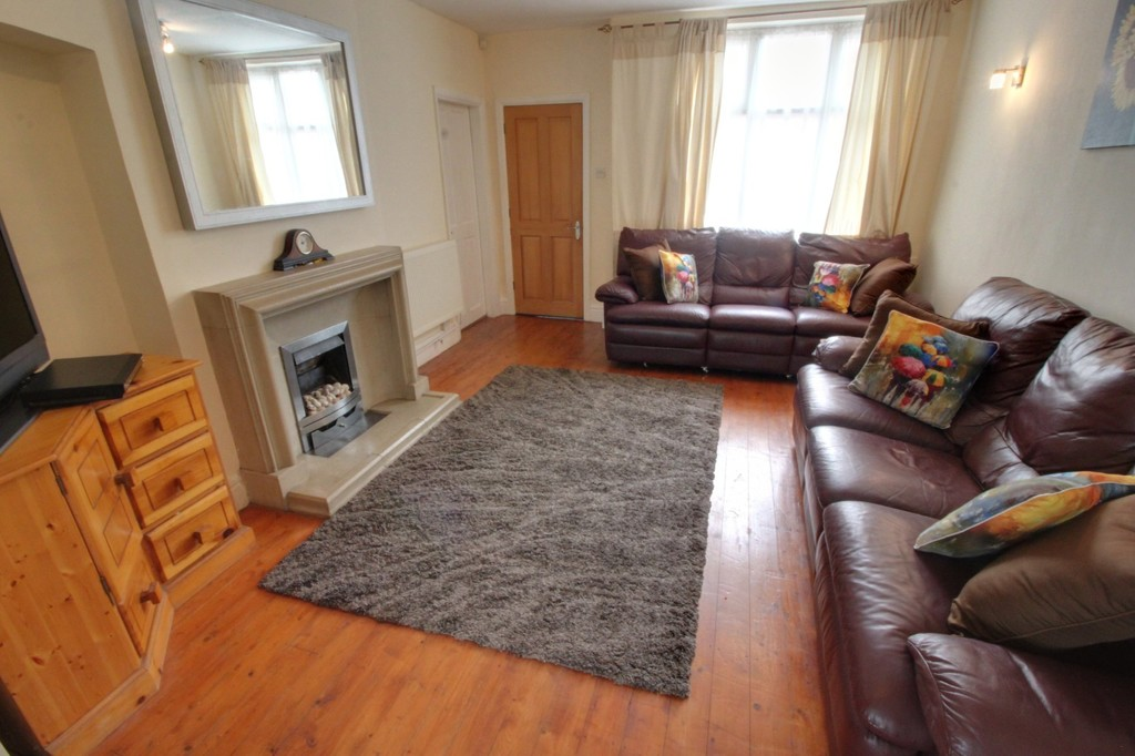 Image 15/21 of property Vicarage Road, Harborne, B17 0SR