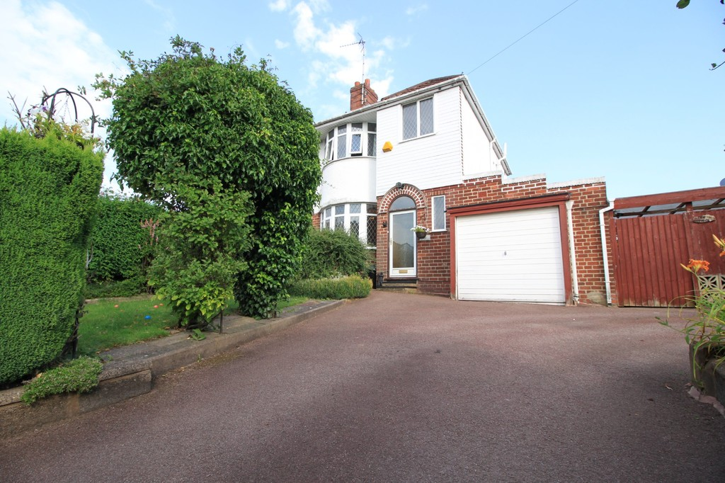 Image 13/13 of property Bent Avenue, Quinton, B32 2TD