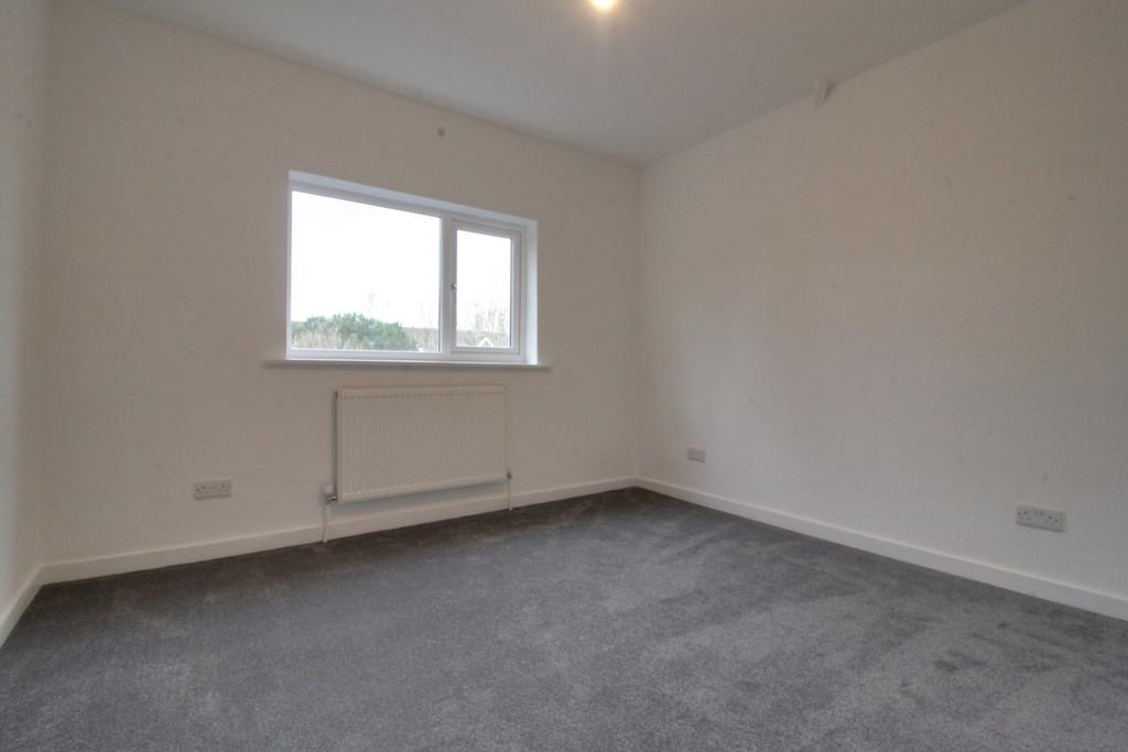 Image 8/11 of property Tennal Road, Harborne, B32 2HN