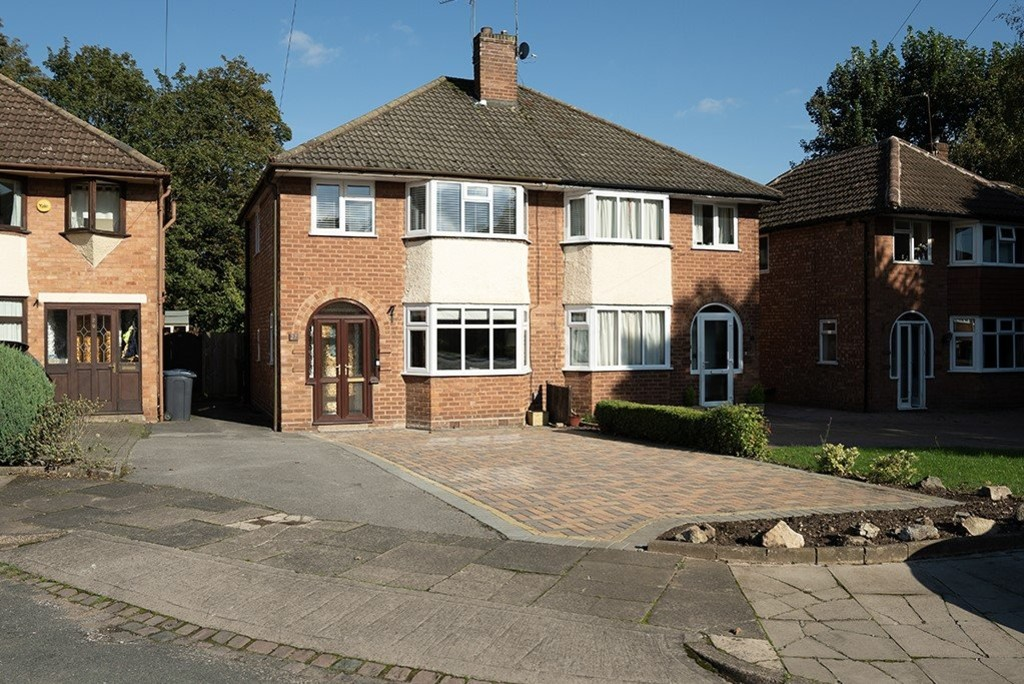 Image 1/14 of property Denise Drive, Harborne, B17 0BN