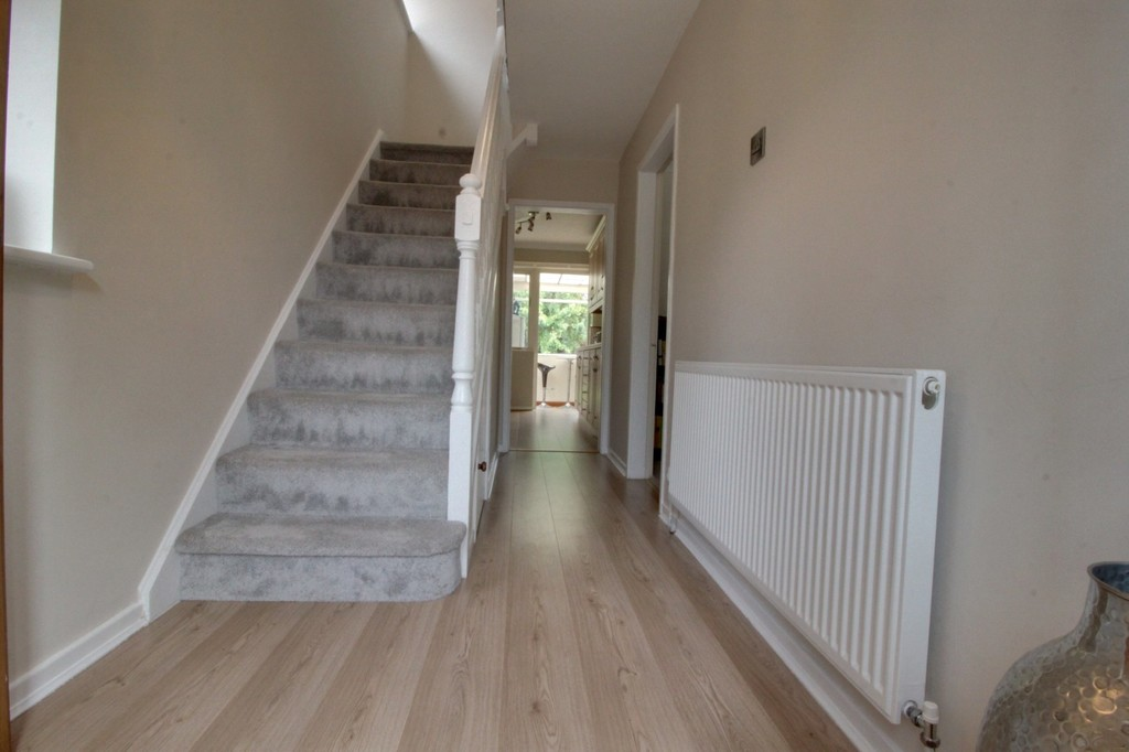 Image 13/14 of property Denise Drive, Harborne, B17 0BN