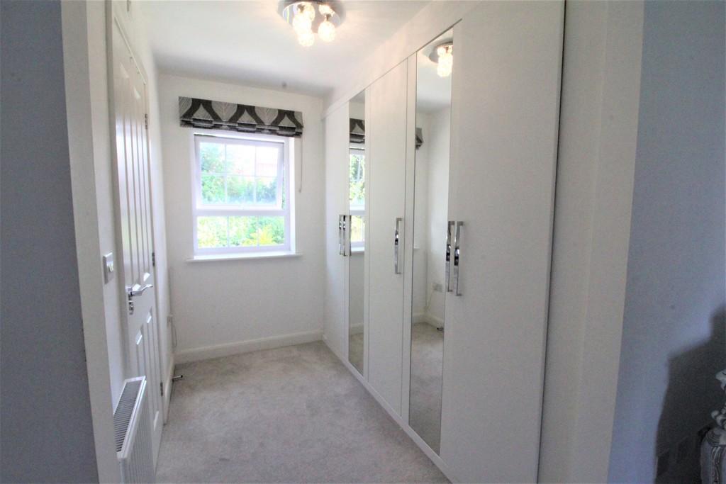 Image 14/25 of property Perrott Way, Birmingham, B17 8LW