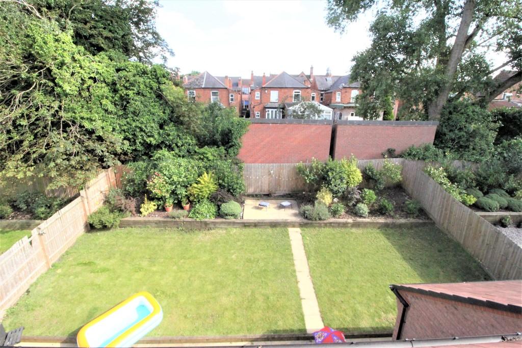 Image 23/25 of property Perrott Way, Birmingham, B17 8LW
