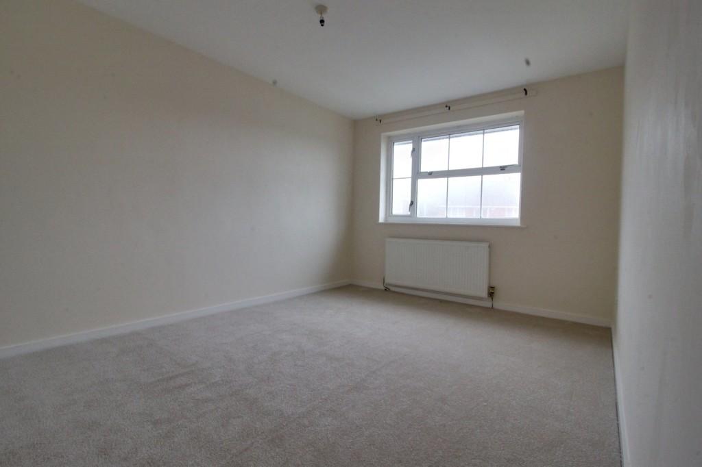 Image 6/12 of property Thurloe Crescent, Rednal, Birmingham, B45 9YN