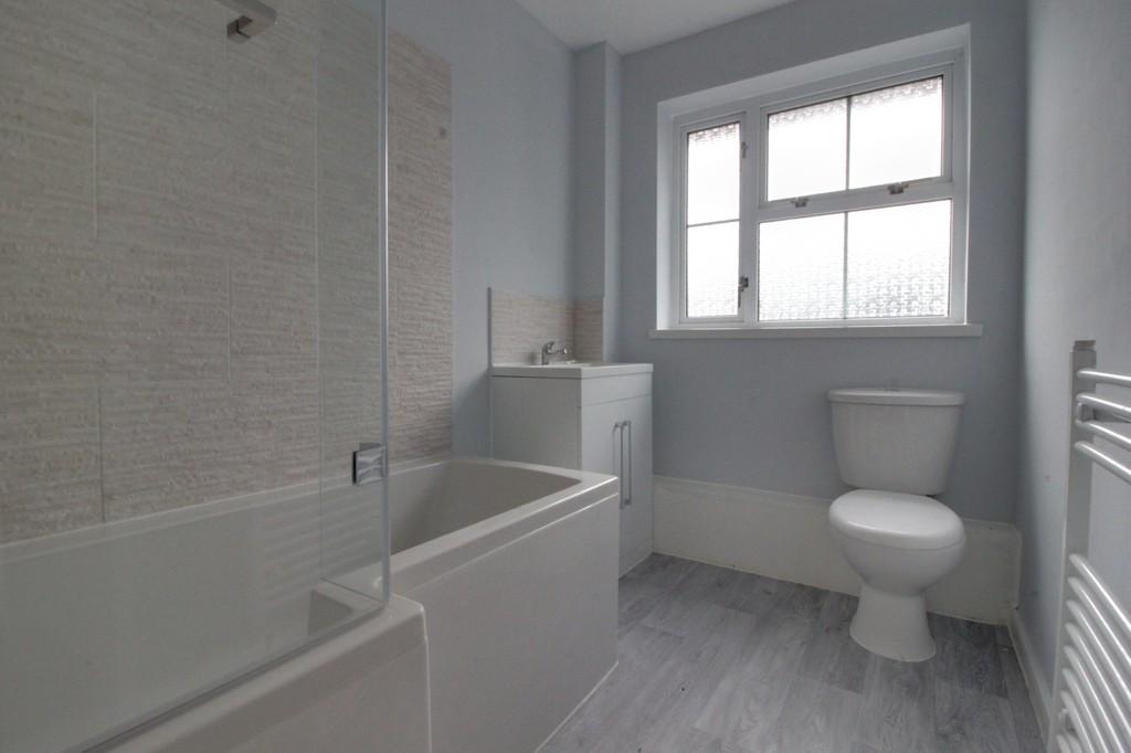 Image 5/12 of property Thurloe Crescent, Rednal, Birmingham, B45 9YN