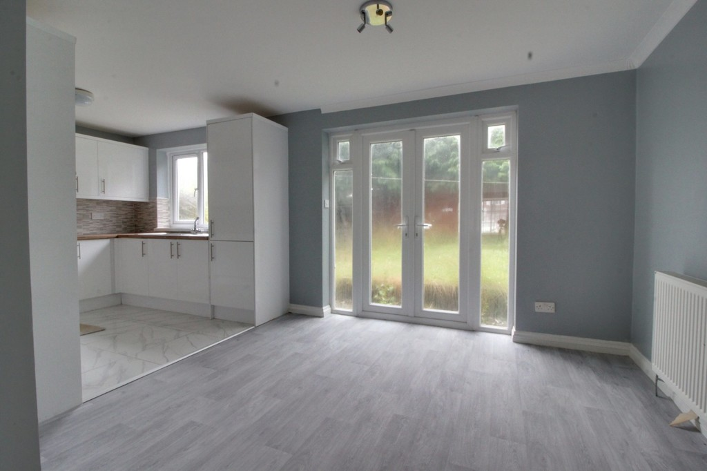 Image 4/12 of property Thurloe Crescent, Rednal, Birmingham, B45 9YN