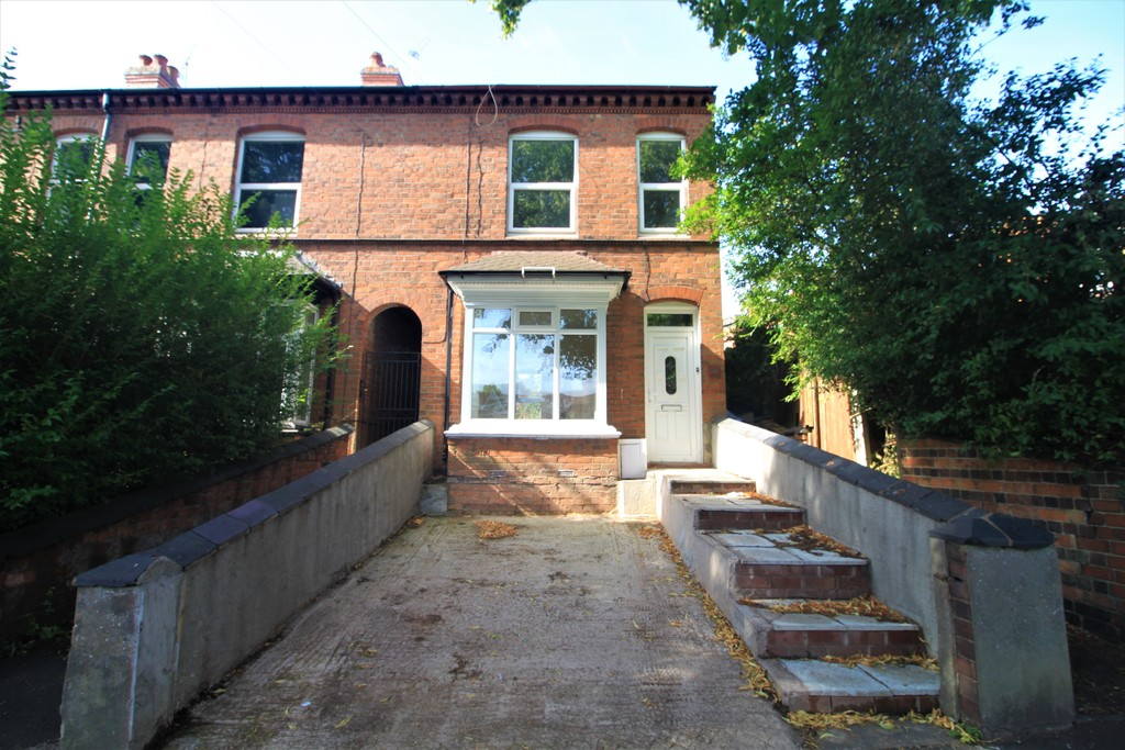 Image 1/10 of property Church Road, Northfield, B31 2LE