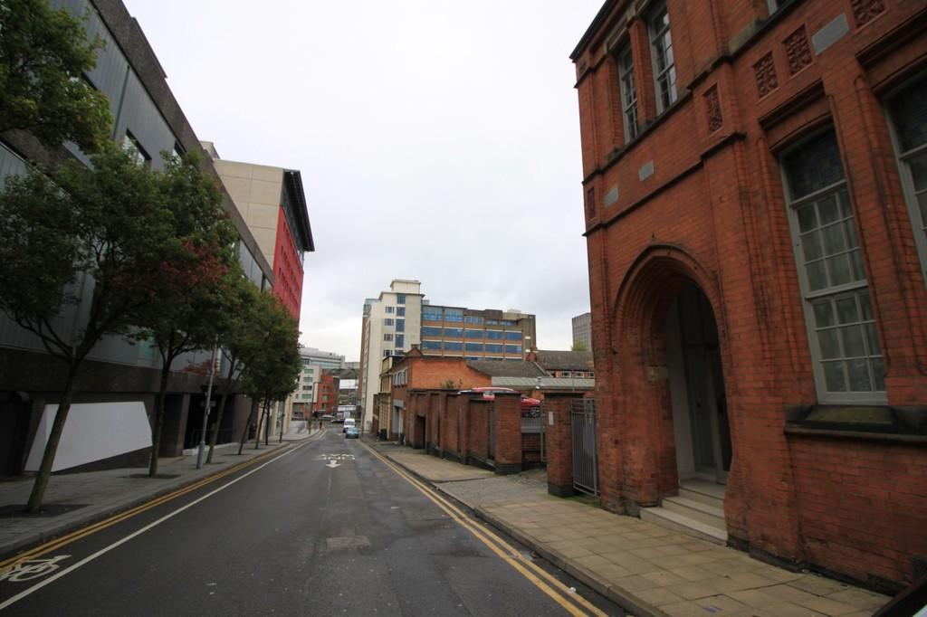 Image 14/14 of property Scholars Gate, Severn Street, Birmingham, B1 1QG