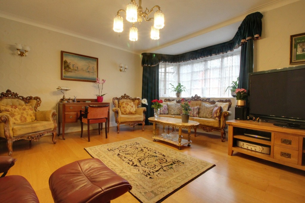 Image 2/15 of property Viceroy Close, Edgbaston, B5 7UR