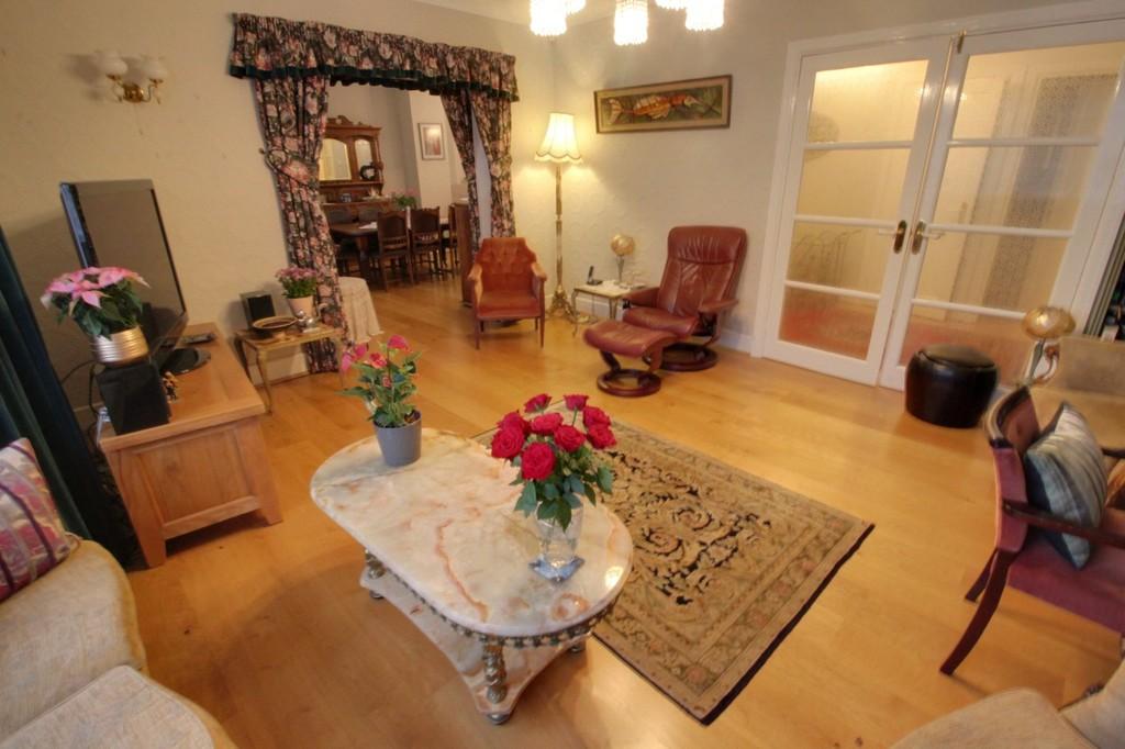 Image 11/15 of property Viceroy Close, Edgbaston, B5 7UR