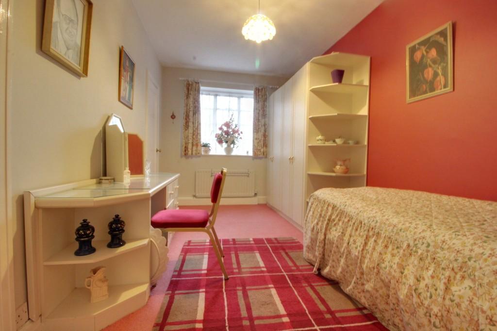 Image 7/15 of property Viceroy Close, Edgbaston, B5 7UR