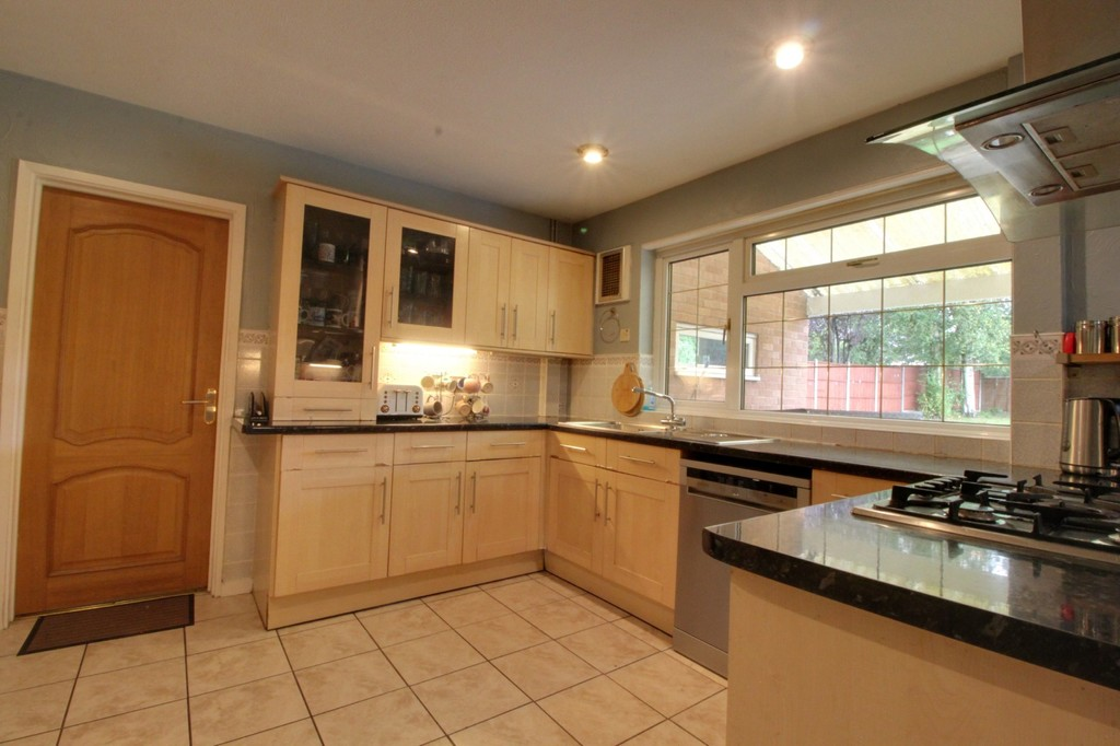 Image 7/16 of property Astonbury, Edgbaston, B15 3QB