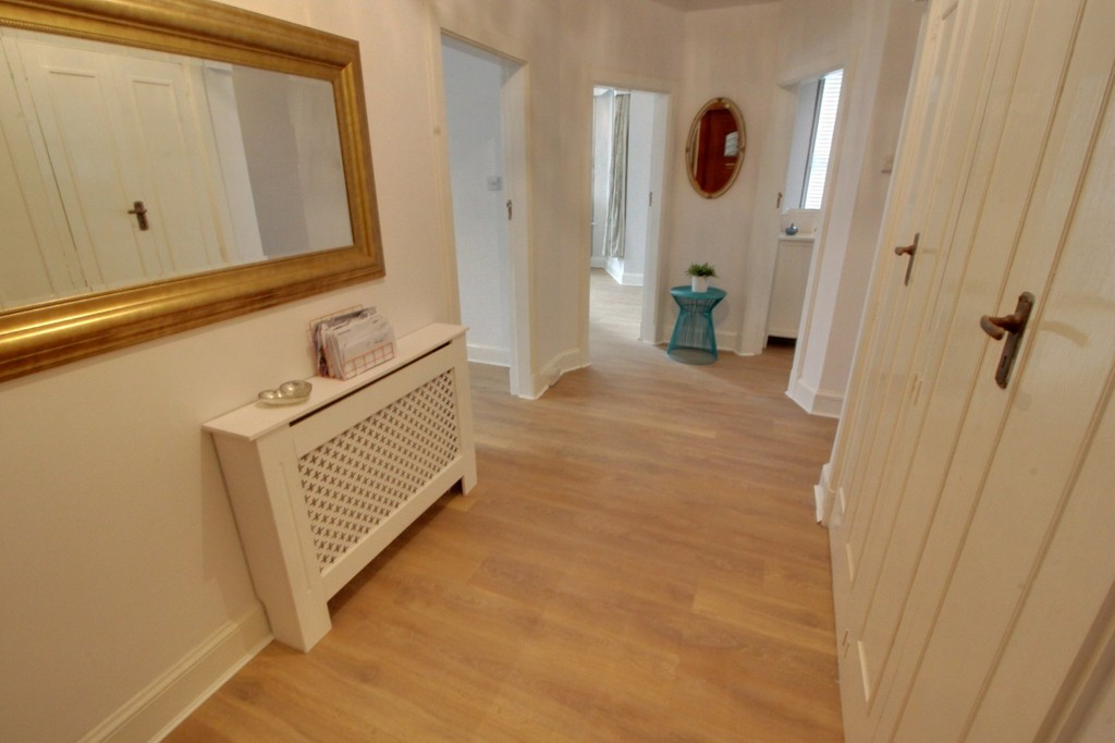 Image 8/9 of property Kenilworth Court Hagley Road