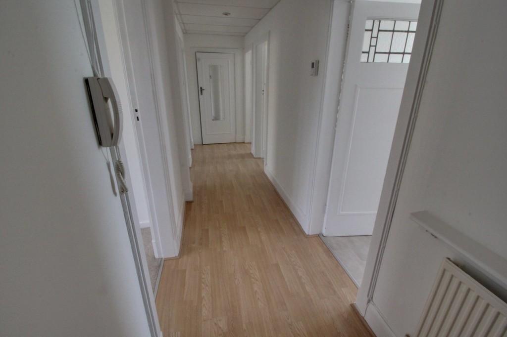 Image 8/10 of property Calthorpe Road, Edgbaston, B15 1QP